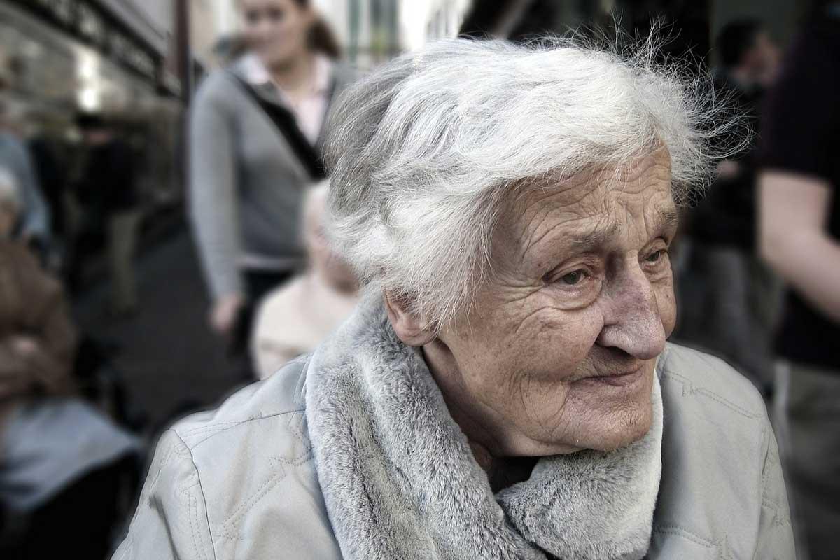 Alzheimer'dan Korunmak ve Sağlıklı Bir Beyin için Sağlıklı Beslenelim