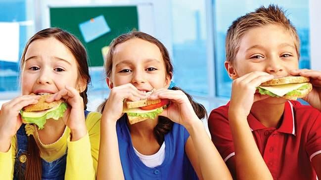 Okul Döneminde Çocuk Beslenmesi