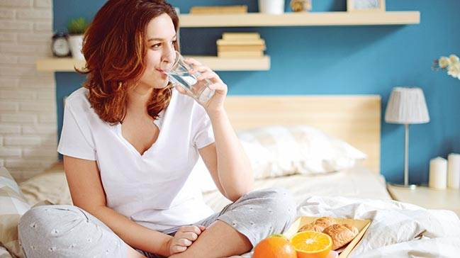 Her Gün Su ve Sağlıklı İçecekler İçmeliyiz
